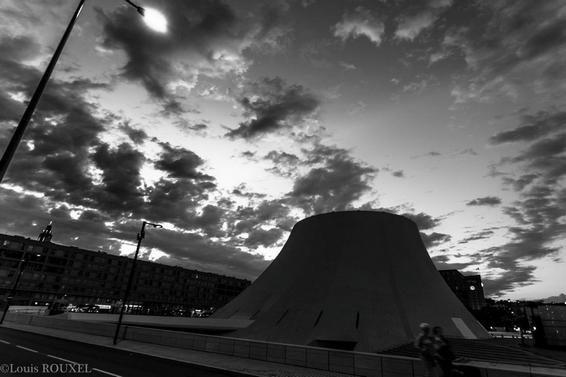 2015 08 23 photo du jour louis Le Havre le volcan-2.jpg